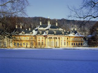 Bergpalais im Winter